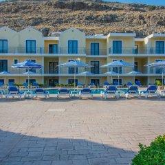 Rafael Hotel пляж