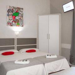 Отель Hostal Palermo Испания, Барселона - отзывы, цены и фото номеров - забронировать отель Hostal Palermo онлайн комната для гостей фото 5
