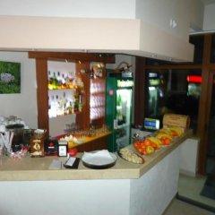 Отель Guest House Edelweiss Болгария, Боровец - отзывы, цены и фото номеров - забронировать отель Guest House Edelweiss онлайн гостиничный бар