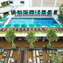 Royal Orchid Sheraton Hotel & Towers бассейн фото 3