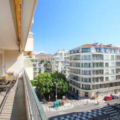 Отель Le Square балкон
