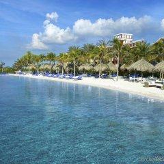 Отель Renaissance Curacao Resort & Casino пляж