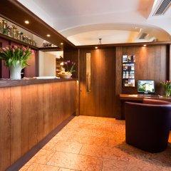 Отель B&B Hotel Junior Австрия, Зальцбург - 1 отзыв об отеле, цены и фото номеров - забронировать отель B&B Hotel Junior онлайн интерьер отеля фото 2