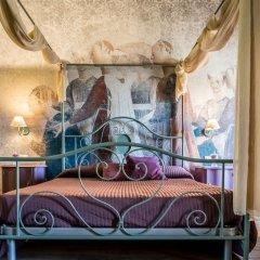Отель B&B Antico Borgo Манерба-дель-Гарда комната для гостей фото 4