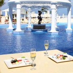 Отель Luxury Bahia Principe Runaway Bay All Inclusive, Adults Only бассейн фото 2