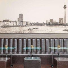 Отель Motel One Duesseldorf City балкон