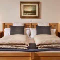 Отель Residence Landhaus Fux Силандро сейф в номере