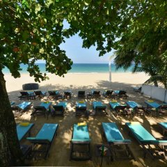Отель Andaman White Beach Resort Таиланд, пляж Банг-Тао - 3 отзыва об отеле, цены и фото номеров - забронировать отель Andaman White Beach Resort онлайн бассейн фото 3
