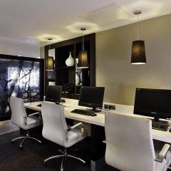 DoubleTree by Hilton London - Ealing Hotel интерьер отеля