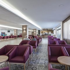 Hotel Oasis Park гостиничный бар