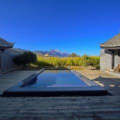 Отель Banyan Tree Lijiang 5* Вилла разные типы кроватей фото 22