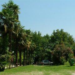Отель Camping Zocco Centro Vacanze Манерба-дель-Гарда приотельная территория фото 2