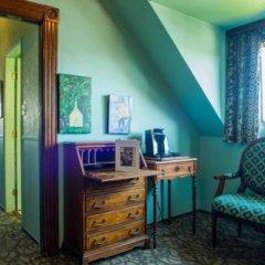 Отель The Gatsby Mansion Канада, Виктория - отзывы, цены и фото номеров - забронировать отель The Gatsby Mansion онлайн удобства в номере фото 2