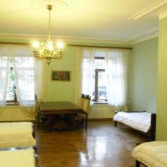 Отель Elena Hostel Грузия, Тбилиси - 2 отзыва об отеле, цены и фото номеров - забронировать отель Elena Hostel онлайн интерьер отеля фото 3