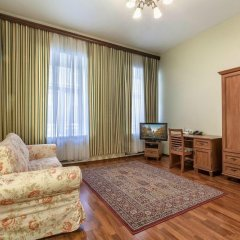 Апартаменты Friends apartment on Nevsky 130 комната для гостей фото 2