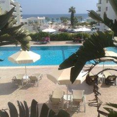 Отель Trizas Hotel Apartments Кипр, Протарас - отзывы, цены и фото номеров - забронировать отель Trizas Hotel Apartments онлайн бассейн