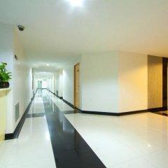Отель The Laurel Suite Apartment Таиланд, Бангкок - отзывы, цены и фото номеров - забронировать отель The Laurel Suite Apartment онлайн интерьер отеля фото 2