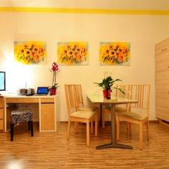 Апартаменты AJO Apartments Messe в номере фото 2