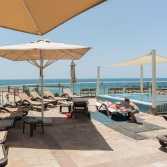 Sea N' Rent Selected Apartments Израиль, Тель-Авив - отзывы, цены и фото номеров - забронировать отель Sea N' Rent Selected Apartments онлайн пляж фото 2