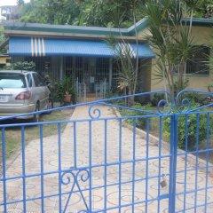 Отель Albion Cottage Ямайка, Монтего-Бей - отзывы, цены и фото номеров - забронировать отель Albion Cottage онлайн парковка