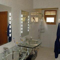 Отель Dalmanuta Gardens Шри-Ланка, Бентота - отзывы, цены и фото номеров - забронировать отель Dalmanuta Gardens онлайн ванная