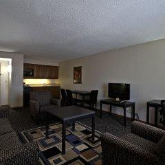 Отель Chicago Club Inn & Suites комната для гостей фото 4
