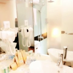 Отель Royal Court Hotel Китай, Шанхай - отзывы, цены и фото номеров - забронировать отель Royal Court Hotel онлайн ванная