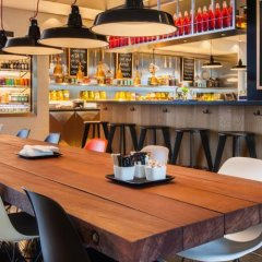 Отель citizenM Schiphol Airport Нидерланды, Схипхол - 4 отзыва об отеле, цены и фото номеров - забронировать отель citizenM Schiphol Airport онлайн бассейн