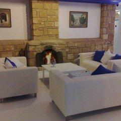 Отель Hilltop Gardens Кипр, Пафос - 1 отзыв об отеле, цены и фото номеров - забронировать отель Hilltop Gardens онлайн комната для гостей фото 3