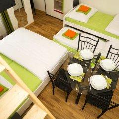 Апартаменты Flying Bed Apartment close to Castle Прага сауна