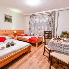 Отель RentPlanet - Willa Bachledówka Закопане комната для гостей фото 3