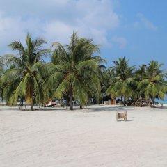 Отель Salty Beach House Мальдивы, Ханимаду - отзывы, цены и фото номеров - забронировать отель Salty Beach House онлайн пляж