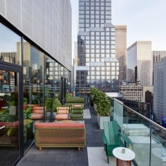 Отель citizenM New York Times Square балкон фото 2