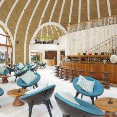 Отель Holiday Inn Resort Kandooma Maldives гостиничный бар