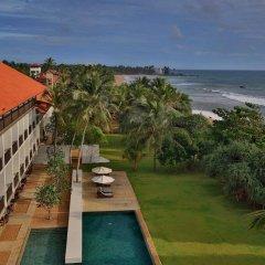 Отель Temple Tree Resort & Spa Шри-Ланка, Индурува - отзывы, цены и фото номеров - забронировать отель Temple Tree Resort & Spa онлайн пляж