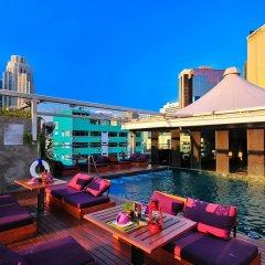 Отель Galleria 10 Sukhumvit Bangkok By Compass Hospitality Бангкок бассейн