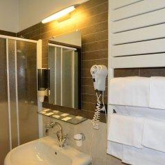 Отель Galles Италия, Генуя - отзывы, цены и фото номеров - забронировать отель Galles онлайн ванная фото 2