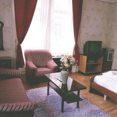 Апартаменты Historic Budapest Apartments комната для гостей