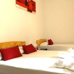 Отель La Palmera Hostal Барселона сейф в номере