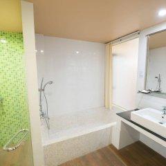 Отель Koh Tao Montra Resort Таиланд, Мэй-Хаад-Бэй - отзывы, цены и фото номеров - забронировать отель Koh Tao Montra Resort онлайн ванная фото 2