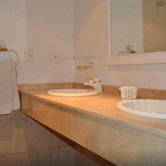 Отель Mayflower Suites ванная