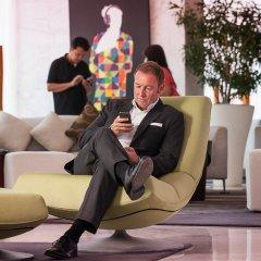Media One Hotel Dubai интерьер отеля фото 3