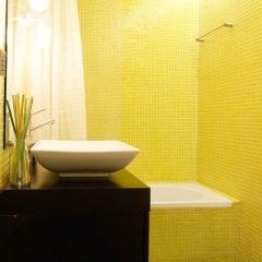 Отель Bairro Alto Centre of Lisbon Португалия, Лиссабон - отзывы, цены и фото номеров - забронировать отель Bairro Alto Centre of Lisbon онлайн ванная