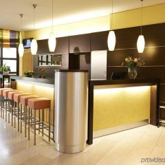 GHOTEL hotel & living München-City гостиничный бар