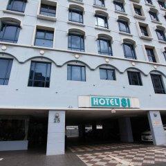 Hotel 81 Palace парковка