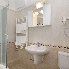 Hotel Charles Будапешт ванная