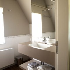 Отель Loppem 9-11 Бельгия, Брюгге - отзывы, цены и фото номеров - забронировать отель Loppem 9-11 онлайн ванная фото 2