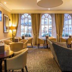Отель Hilton London Euston интерьер отеля