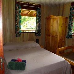 Отель Moorea Surf Bed and Breakfast Французская Полинезия, Муреа - отзывы, цены и фото номеров - забронировать отель Moorea Surf Bed and Breakfast онлайн комната для гостей фото 2