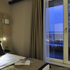 Отель Novotel Brussels Centre Midi Station Бельгия, Брюссель - 3 отзыва об отеле, цены и фото номеров - забронировать отель Novotel Brussels Centre Midi Station онлайн комната для гостей фото 5